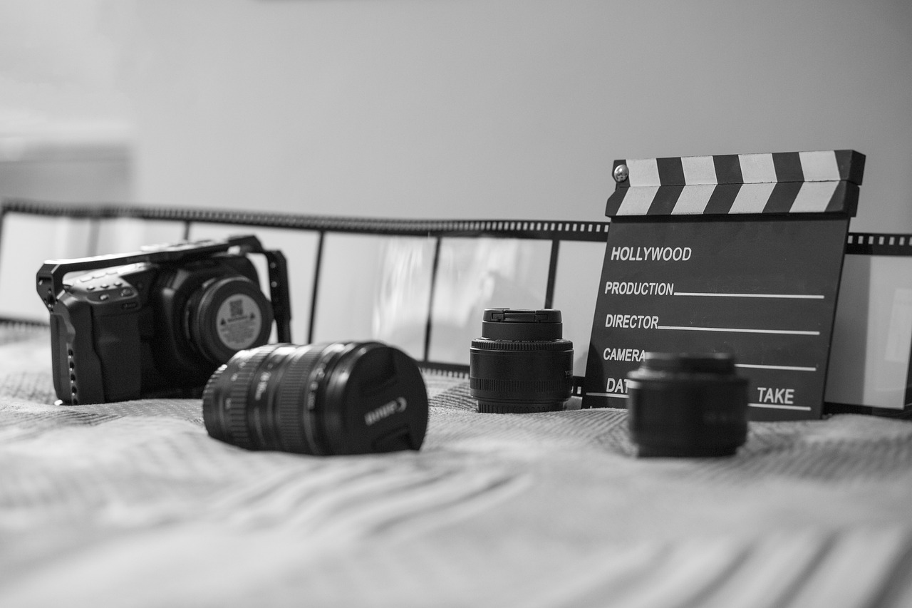 Cinema Gear Camera Filmmaking  - GioeleFazzeri / Pixabay